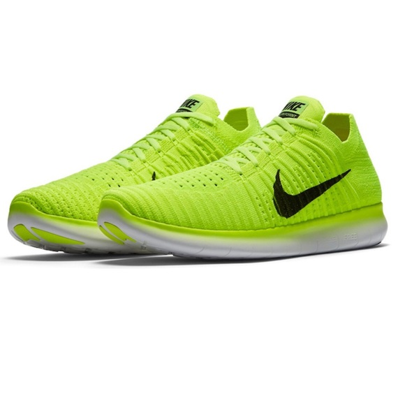 323c83d39fe7e BRAND NEW Nike Free Run Flyknit Yellow   Volt